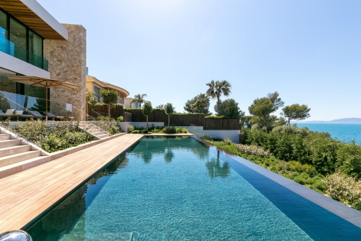 Alternative view of the beautiful pool area