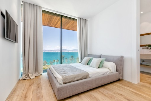 Dreamlike views over the sea from all bedrooms