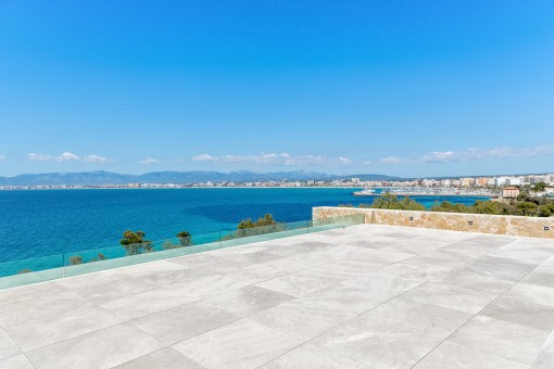 Breath-taking views over the bay of Palma