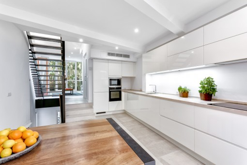 Open, high-quality kitchen