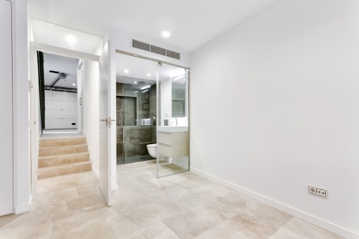 Guest room with bathroom en suite