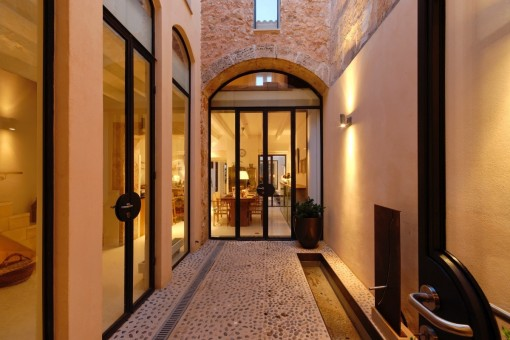 Wonderful designer-townhouse with roof terrace in Llucmajor