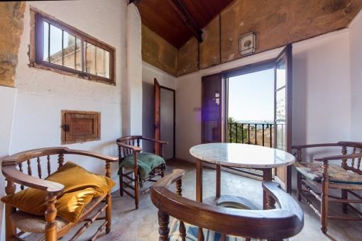 Lounge area with panoramic windows