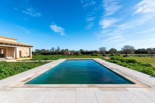 Pool of 5 x 10 metres