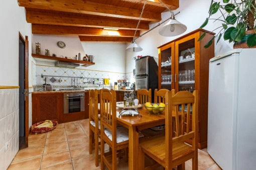 Fully equipped kitchen