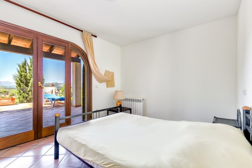 Bedroom with views at the terrace