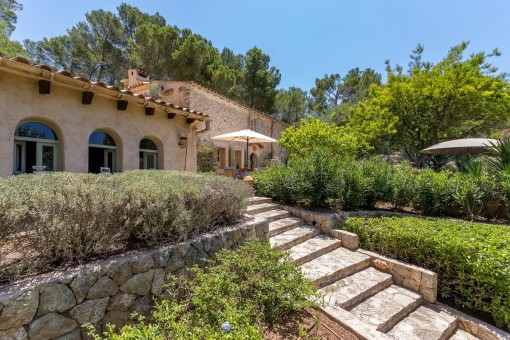 Enchanting finca made of natural stone situated in a peaceful area