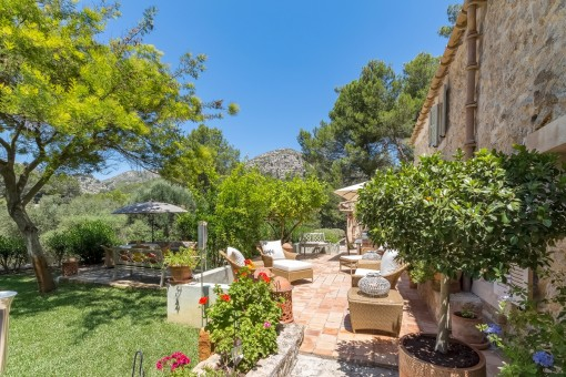 Wonderful and exceptional Finca, lovingly built with an eye for detail in an idyllic location in S´Arracó