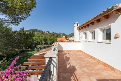 Well-kept terraced house on the golf course with views over the green in Camp de Mar