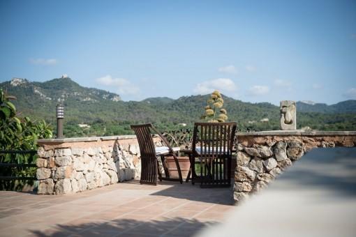 Views on the mountains of San Salvador
