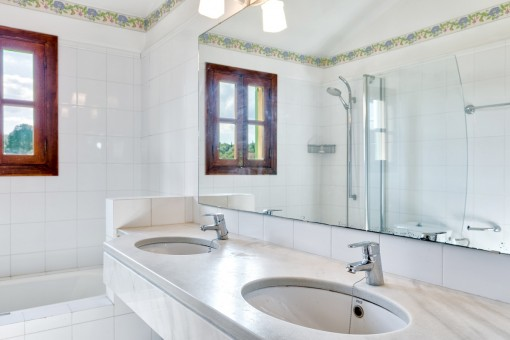 Shower bathroom with double sink