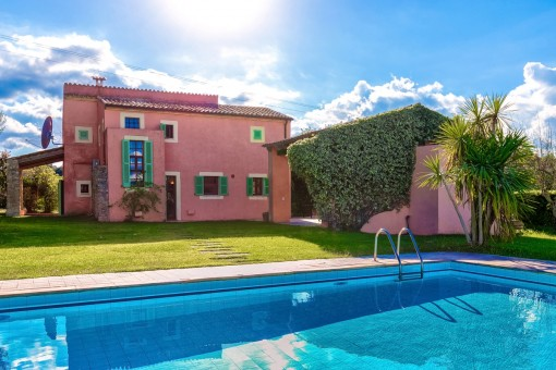 Pool of approx. 55 sqm