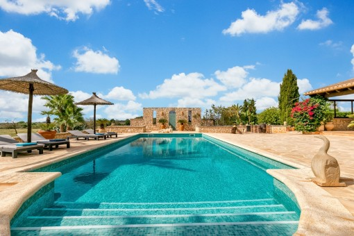 Wonderful pool area with mallorquin atmosphere