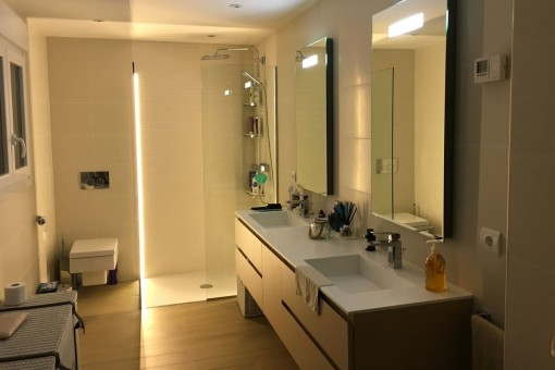 One of five bathrooms with shower