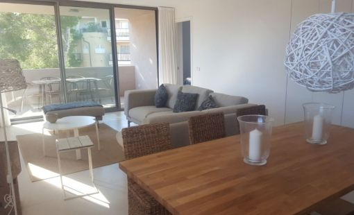 Spacious penthouse in quiet location near Cala Agulla