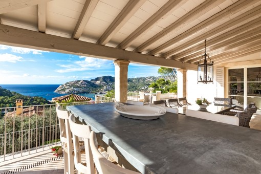 Large, covered terrace with wonderful views