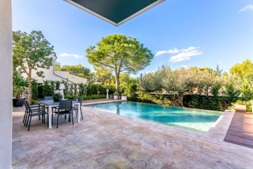 Beautiful pool area in the garden