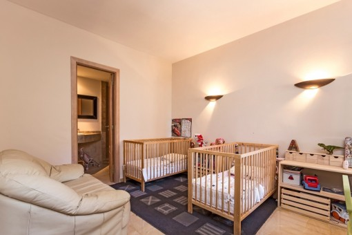 Children´s bedroom with two separate beds