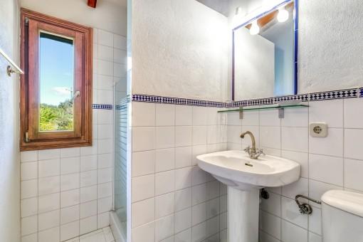 Second bathroom of the finca