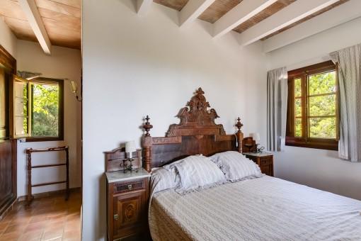 Double-bedroom with bathroom en suite