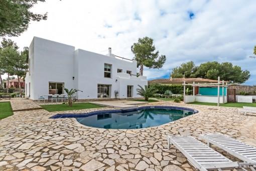 Modern Ibizastyle Villa In Sol De Mallorca With Large Gardenpurchase - Mallorca fliesen shop