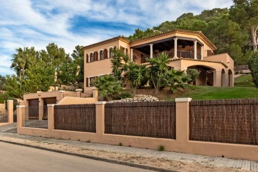The villa has a double garage
