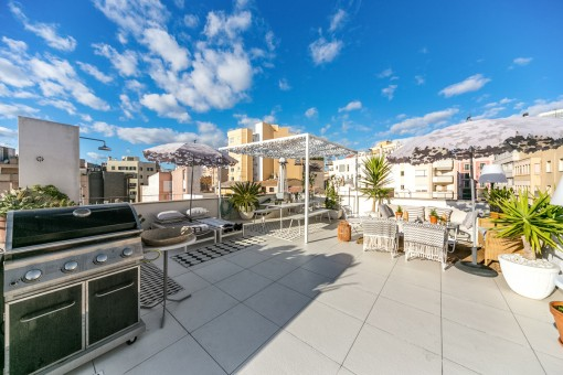 The roof terrace is perfect for barbecues with friends or family