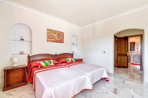 Bright master bedroom with bathroom en suite