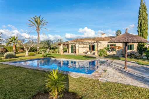 Enchanting country house-style villa with pool and holiday licence near Pollenca