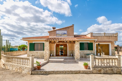 Quietly situated finca with garden and pool in Biniali