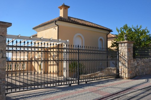 Luxurious Villa With Magnificent View Overlooking The Sea In Camp De