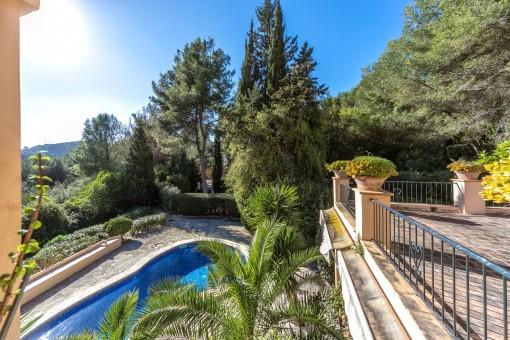 Views to the idyllic pool area