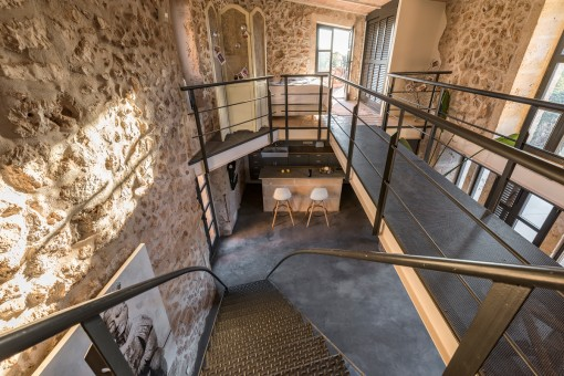 The finca has a living space of aprox. 460 sqm