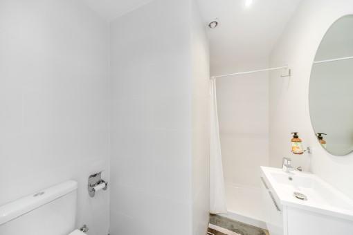White shower-bathroom