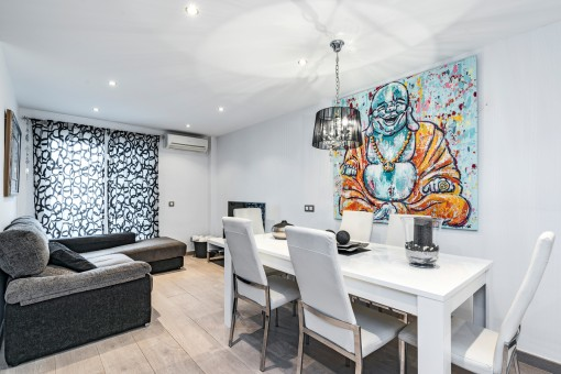 Modern, ground-floor apartment in the centre of Santanyi
