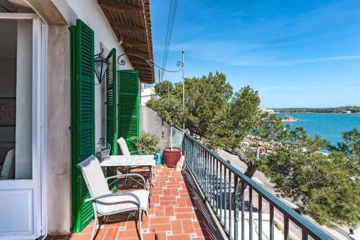 Mediterranen balcony with sea views