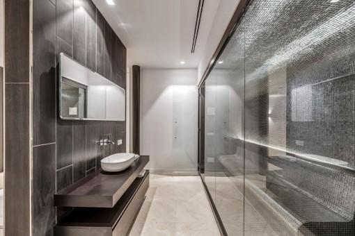 Private steambath
