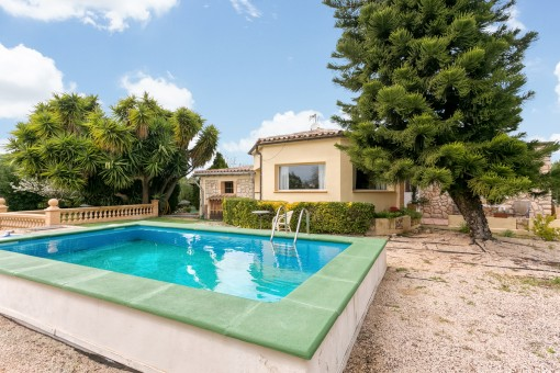 Great 27 sqm pool for summer days