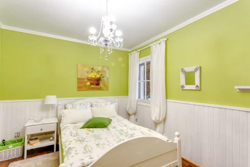 Beautiful double-bedroom