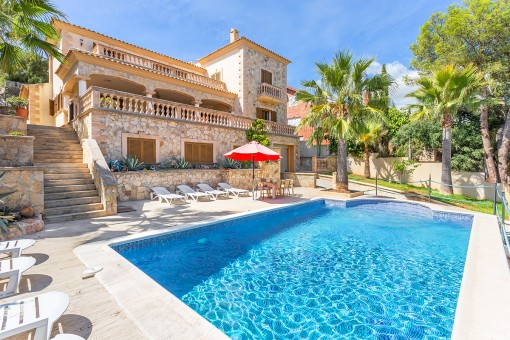 Dream property with pool in Palma