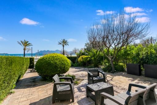 Fantastic lounge area on the terrace