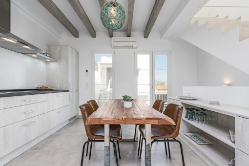 Elegant kitchen and dining area