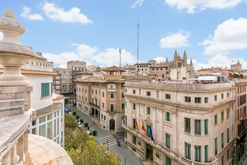 Wonderful, large old-town apartment in a prime location in Palma