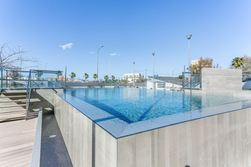 Alternative view of the pool