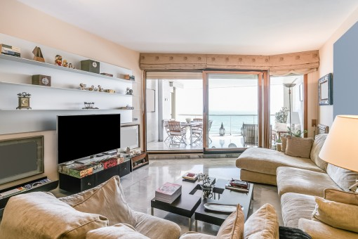 Living area with access to the sea view terrace