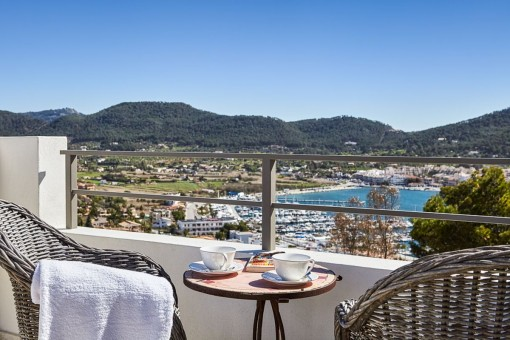 Completely and newly-renovated house close to the Club de Vela in Port d'Andratx