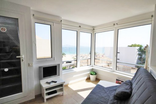 Spend the summer in the north of Mallorca - penthouse on the 1st sea line in Port de Pollenca available for 6 months