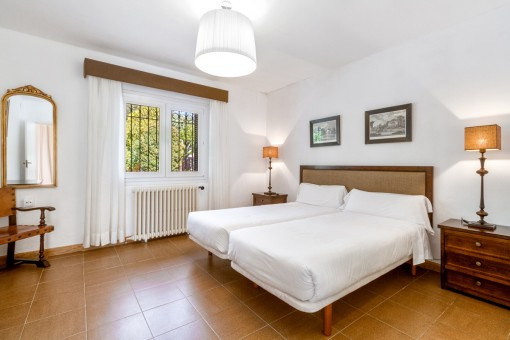 The villa offers in total 4 bedrooms