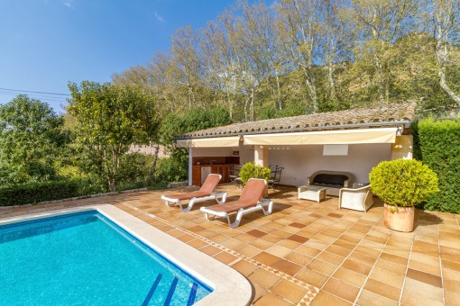 Sunny pool terrace to relax