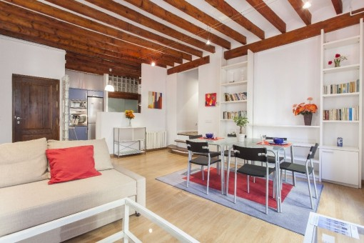 Spacious, furnished 3 bedroom apartment in the old town of Palma